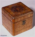TC119: A Mid 19th century Continental Straw work single  tea caddy. Circa 1850.
